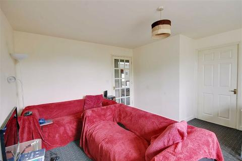 2 bedroom apartment to rent - Otter Close, Stratford