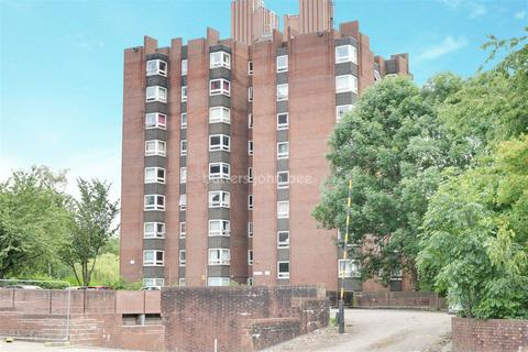 2 bedroom flat for sale - Port Vale Court, Hamil Road, ST6 1DF