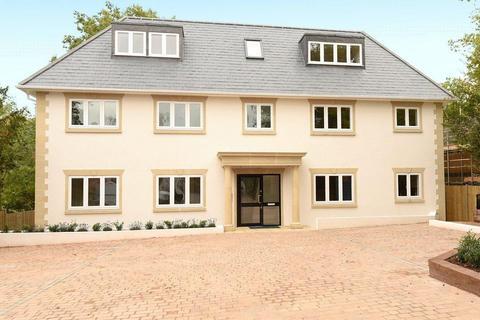 3 bedroom flat to rent - Ducks Hill Road, Northwood, HA6 2SQ