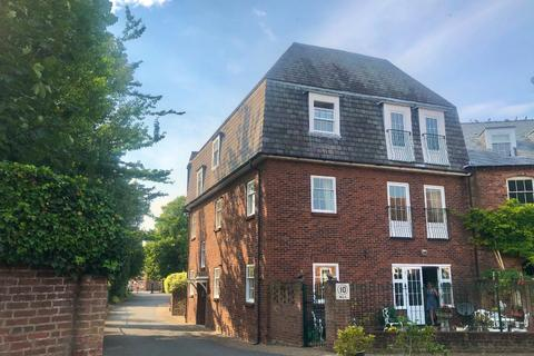 3 bedroom flat to rent - Mill Drive, , Grantham, NG31 6JL