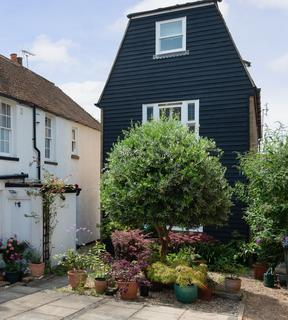 3 bedroom apartment for sale - Middle Wall, Whitstable, CT5