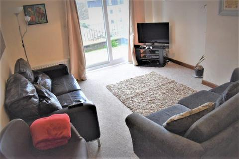 4 bedroom semi-detached house to rent - Spital, , Aberdeen, AB24 3HS