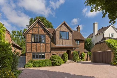 4 bedroom detached house to rent - Vincent Close, Esher, Surrey, KT10