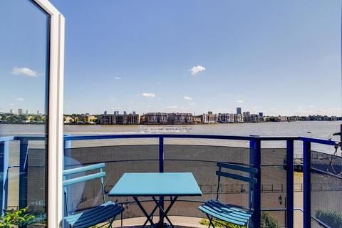 1 bedroom apartment for sale - Mauretania Building Jardine Road Wapping E1W