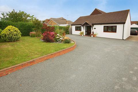 5 bedroom bungalow for sale - Hullbridge Road, South Woodham Ferrers, Chelmsford, Essex, CM3