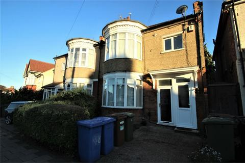 3 bedroom flat to rent - Nibthwaite Road, Harrow, Middlesex
