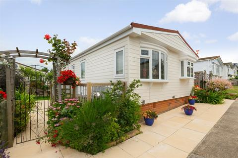 2 bedroom park home for sale - Applegarth Park, Seasalter Lane, WHITSTABLE, Kent
