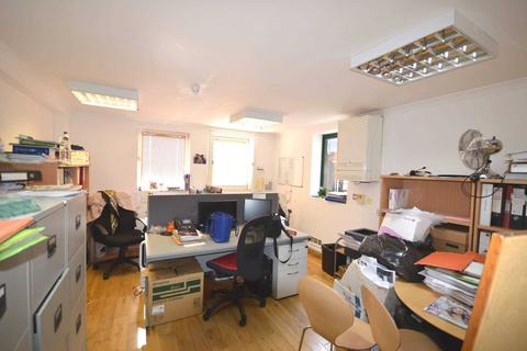 1 bedroom apartment to rent - Pepper Street, Coldharbour
