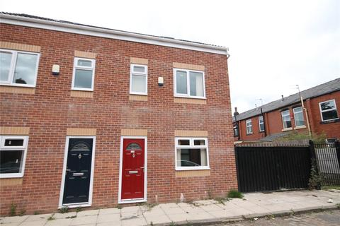 4 bedroom semi-detached house to rent - Bilberry Street, Rochdale, Greater Manchester, OL16