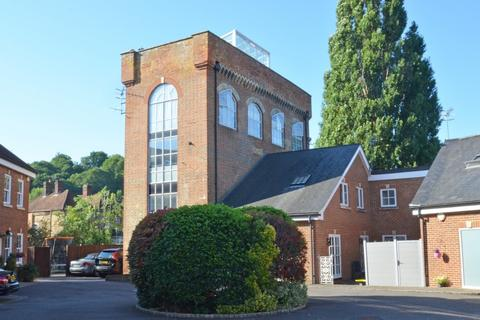2 bedroom maisonette for sale - Godalming - Large Roof Terrace with Exceptional Views - Virtual Tour Available on Request