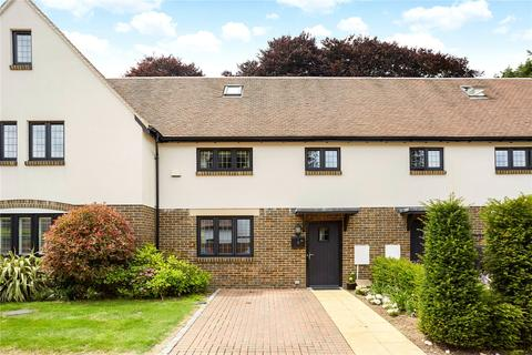 4 bedroom terraced house for sale - Dacre Close, Chipstead, Coulsdon, Surrey, CR5