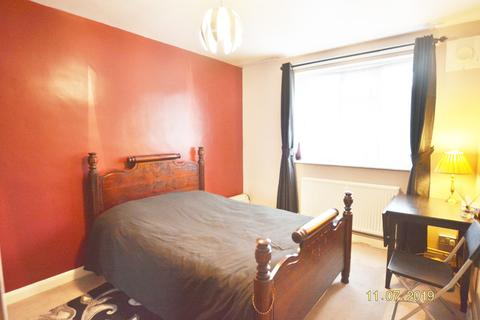 3 bedroom house share to rent - Kyverdale Road N16