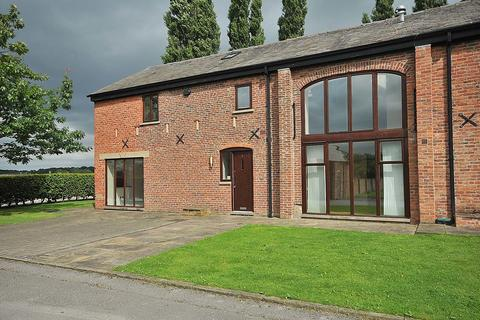 3 bedroom barn conversion to rent - Old Hall Lane, Over Tabley