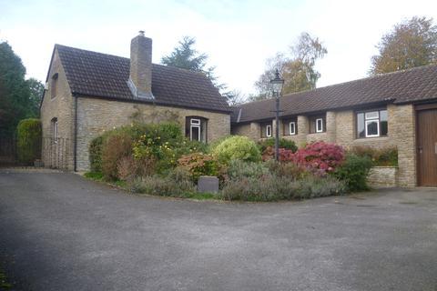3 bedroom detached bungalow to rent - Faulkland