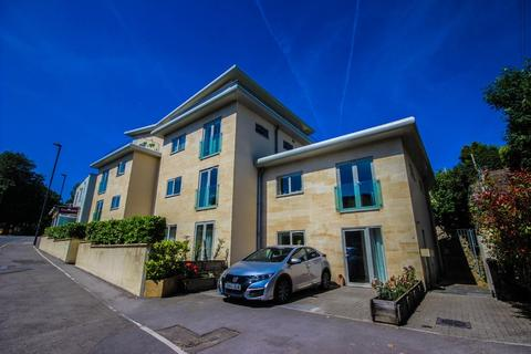 2 bedroom flat for sale - Millenium Court, Wellsway, Bath