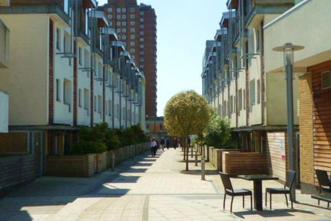 3 bedroom apartment to rent - Sheffield Court,, Kingscote Way, Brighton