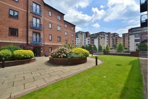 2 bedroom flat to rent - Langtons Wharf, The Calls, Leeds, LS2 7EF