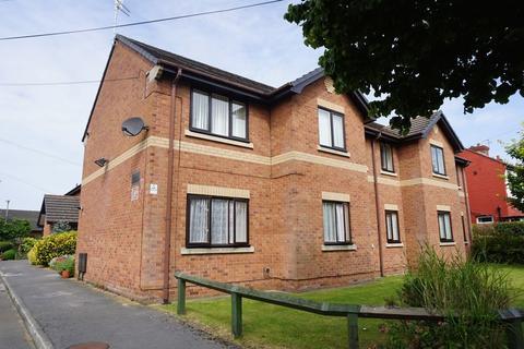 2 bedroom apartment for sale - 8 Lodge Avenue, Urmston