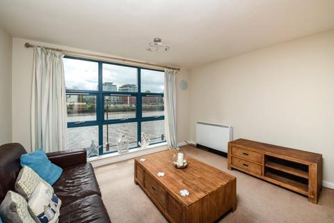 2 bedroom apartment to rent - Mariners Wharf, Quayside, NE1