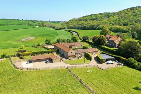 5 bedroom character property for sale - Foxhill Paddock, Scarborough