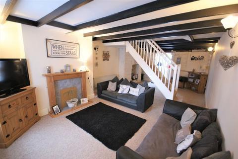 2 bedroom cottage for sale - Market Street, Bodmin