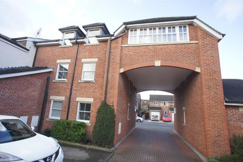 2 bedroom apartment to rent - Laburnum Court, Lymm