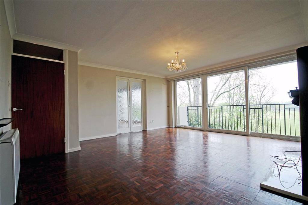 the mount, cardiff 4 bed flat for sale - 300,000