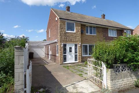 3 bedroom semi-detached house for sale - Chiltern Avenue, Knottingley, WF11
