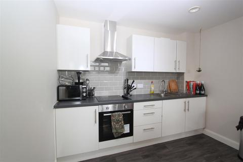 1 bedroom flat to rent - Victoria House, Skinner lane
