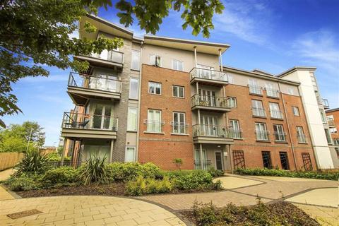 2 bedroom flat for sale - Midlothian Court, Gateshead, Tyne And Wear