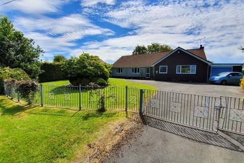 3 bedroom detached bungalow for sale - Fairwood Lane, Upper Killay, Swansea