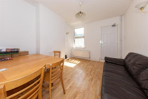 3 bedroom terraced house for sale - Kingsland Road, Luton, Bedfordshire