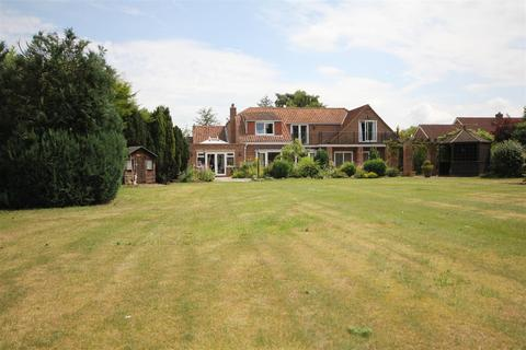 4 bedroom detached house for sale - Pine Lodge, Bielby, York , YO42