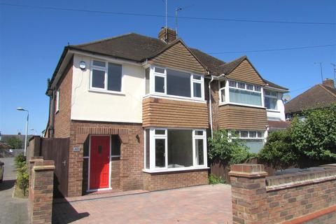 3 bedroom semi-detached house to rent - Lewsey Road, Luton