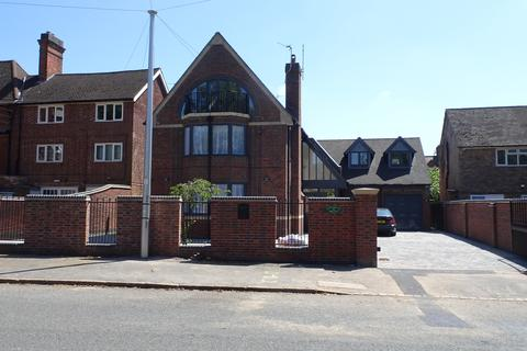 6 bedroom property for sale - Knighton Road, Stoneygate, Leicester, LE2