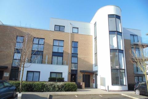 2 bedroom flat to rent - Pym Court