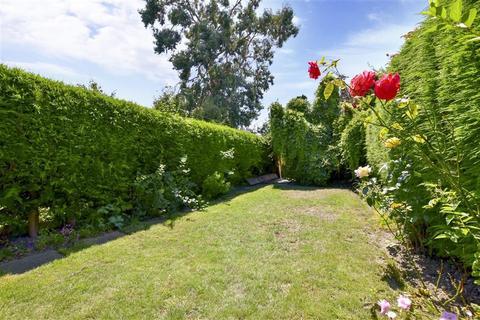 3 bedroom terraced house for sale - Whitfeld Road, Ashford, Kent