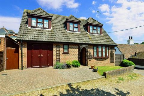 3 bedroom detached bungalow for sale - Kimberley Terrace, Lyminge, Folkestone, Kent