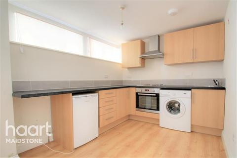 1 bedroom flat to rent - Town Centre, ME15