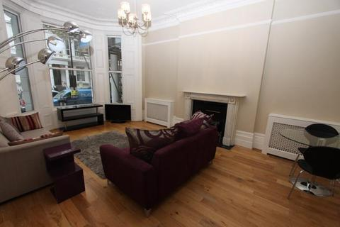 2 bedroom flat to rent - 11 Marloes Road, London, W8 6LQ