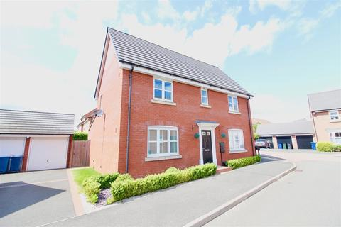4 bedroom detached house to rent - Woodroffe Way, East Leake, Loughborough