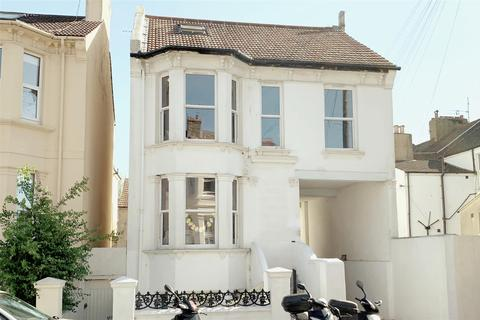 3 bedroom maisonette to rent - Goldstone Road, Hove