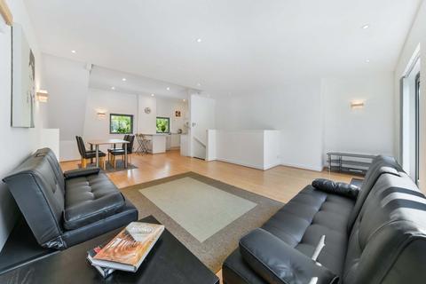 3 bedroom flat to rent - Hutchings Wharf, Hutchings Street, Nr Canary Wharf, London, E14