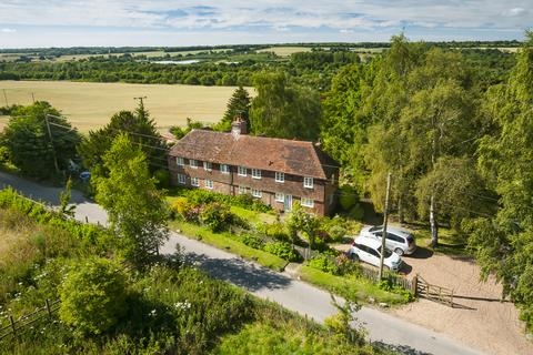 5 bedroom detached house for sale - Between Hollingbourne and Harrietsham