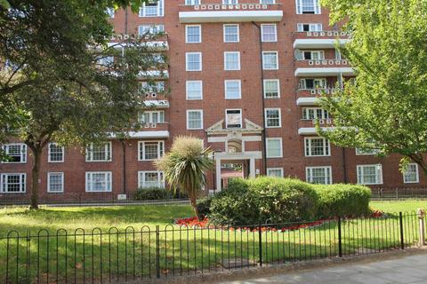 3 bedroom apartment to rent - Robin House, Barrow Hill Estate, St Johns Wood NW8