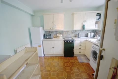 2 bedroom maisonette to rent - Royal College Street, Camden, NW1
