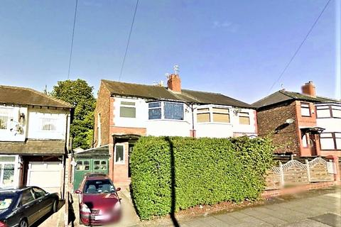 3 bedroom semi-detached house to rent - Bishops Road, Prestwich, M25