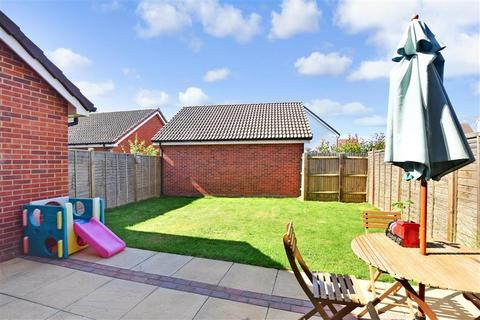 3 bedroom semi-detached house for sale - Latter Road, Langley, Maidstone, Kent