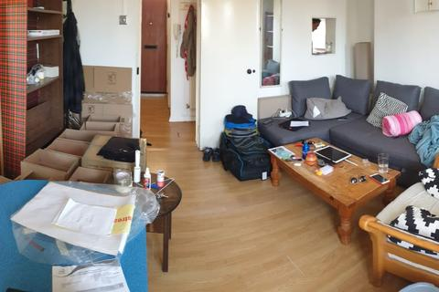 3 bedroom flat to rent - Malcolm Road, Whitechapel/Stepney Green