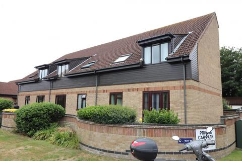 2 bedroom apartment for sale - Meadow Court, Links Road, Gorleston, NR31